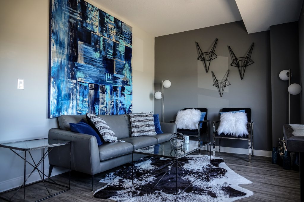 Freelancing - living room 3498913 1920